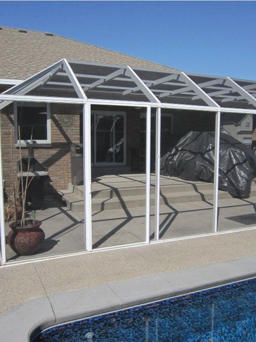 Can-be-fitted-to-patio-&-pool-cages