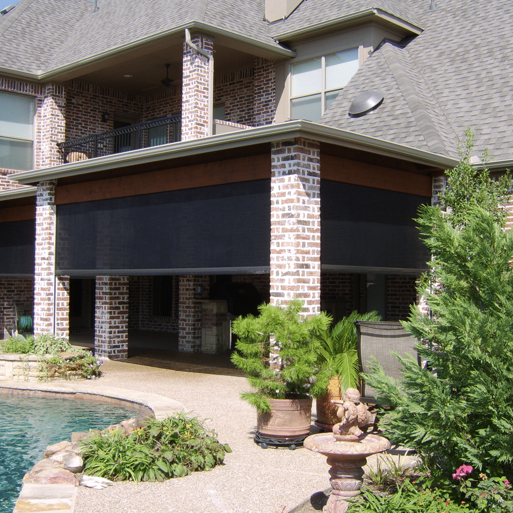 mirage retractable screens for outdoor living space